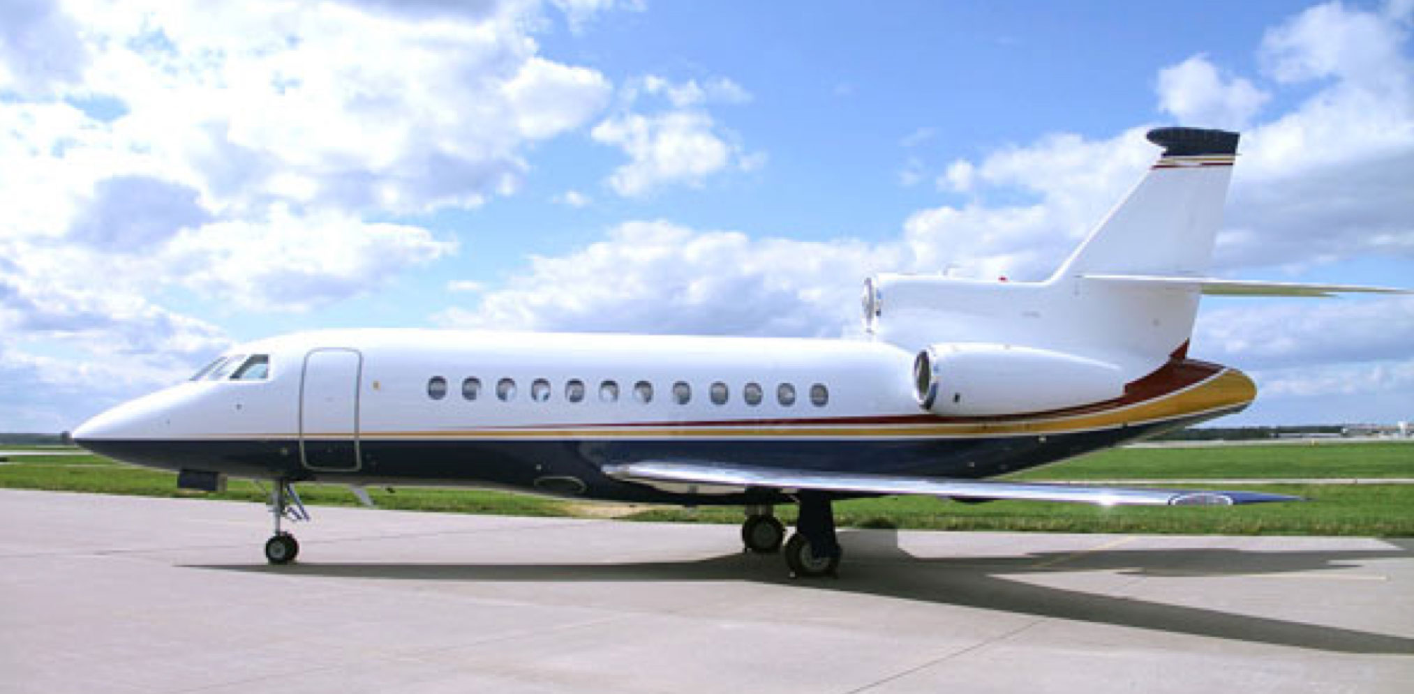 Falcon 900EX Easy 14 Gallery Image 1